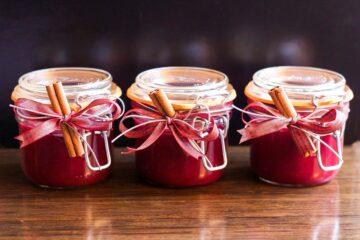 Confitures à base d'épices et aromates