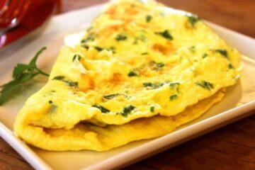 Omelette à la Feuille de Menthe et Fromage de Chèvre